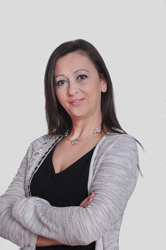 Roula Moshogianni