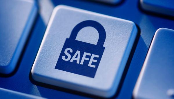 ασφάλεια στο διαδίκτυο - πλήκτρο